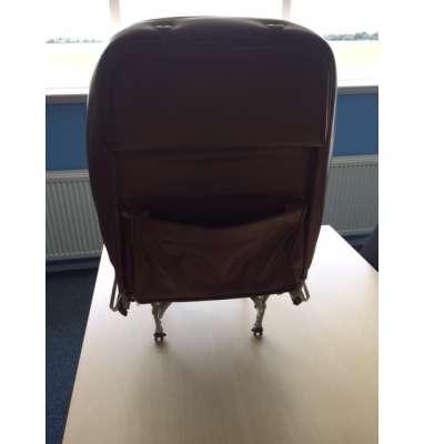 RH/LH Seat C172 Not adjustable